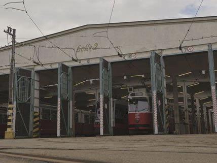Fünf Straßenbahnen wurden bei dem Rangierunfall beschädigt.