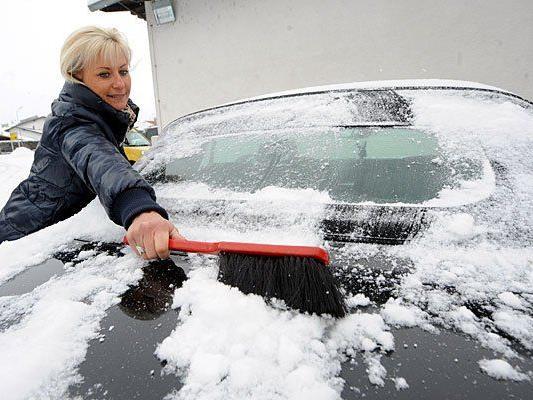 In Wien heißt es derzeit: Auto abputzen, Parkschein ausfüllen