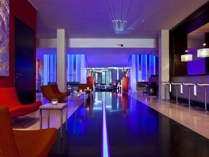 Am 28. Februar wird eine Tour durch 13 Hotelbars in Wien angeboten.