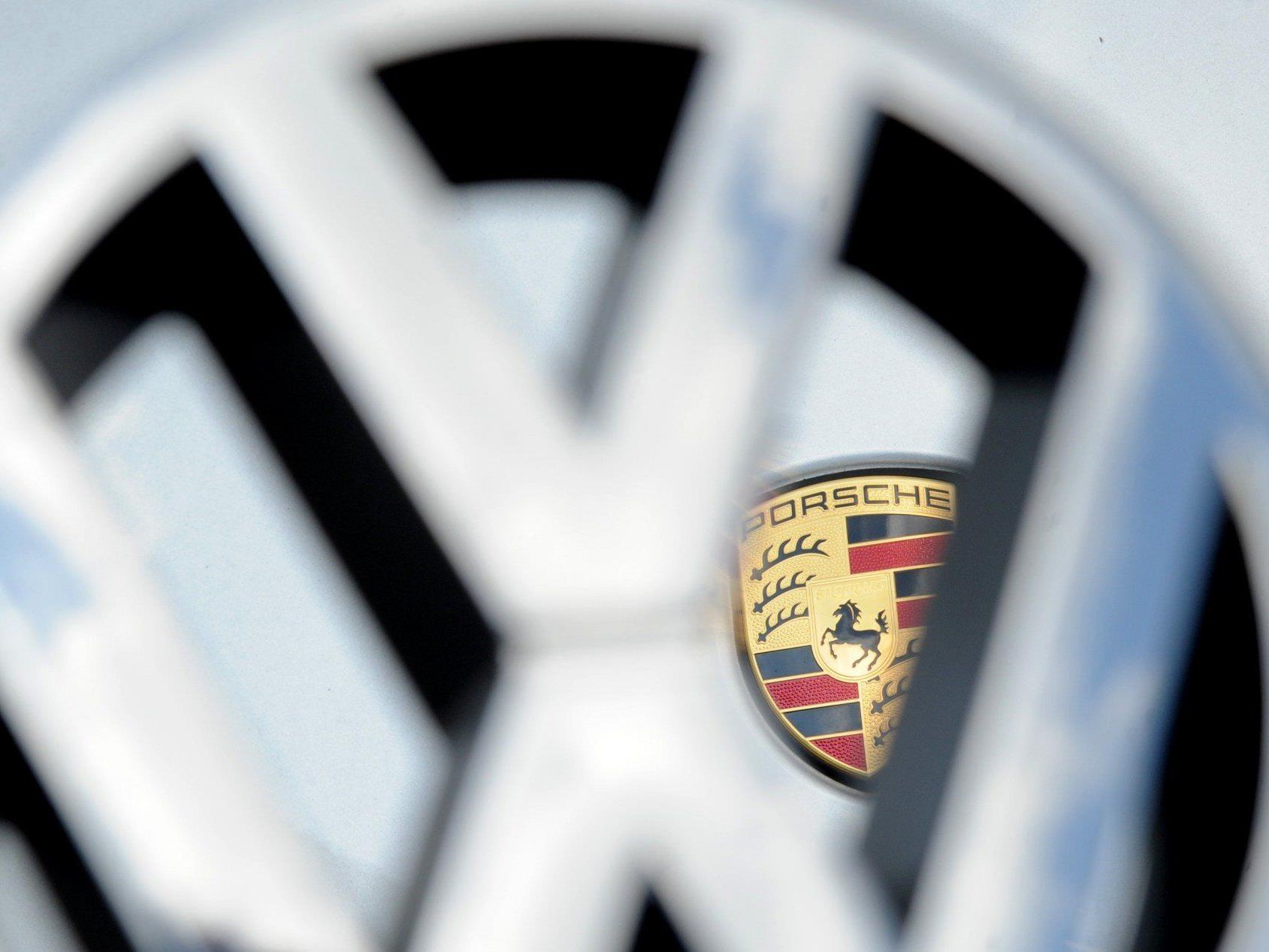 VW ist Europas größter Autobauer und fährt dank Porsche Rekorderlöse ein.