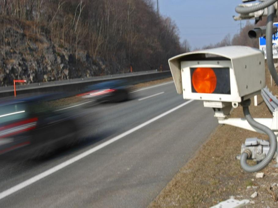 177 km/H ergab die Messung bei erlaubten 100 km/H.