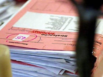 Ein Anwalt aus Wien soll Gelder seiner Klienten veruntreut haben.