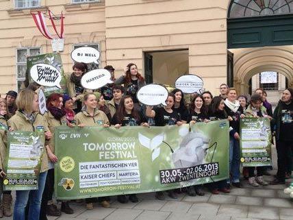 Am Freitag bewarben Aktivisten im Museumsquartier das Tomorrow-Festival.