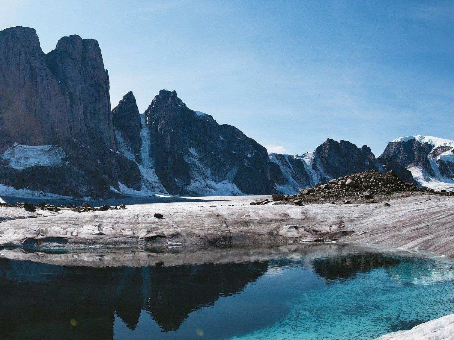 Im Reisetagebuch beschreiben die Huber-Brüder ihren Aufstieg auf den Mount Asgard.