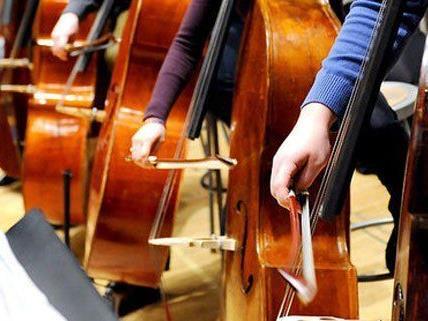 Philharmoniker aus aller Welt spielen am Musikfest in Wien auf.