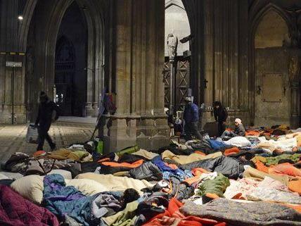 Am Sonntag haben die Flüchtlinge die Votivkirche verlassen.