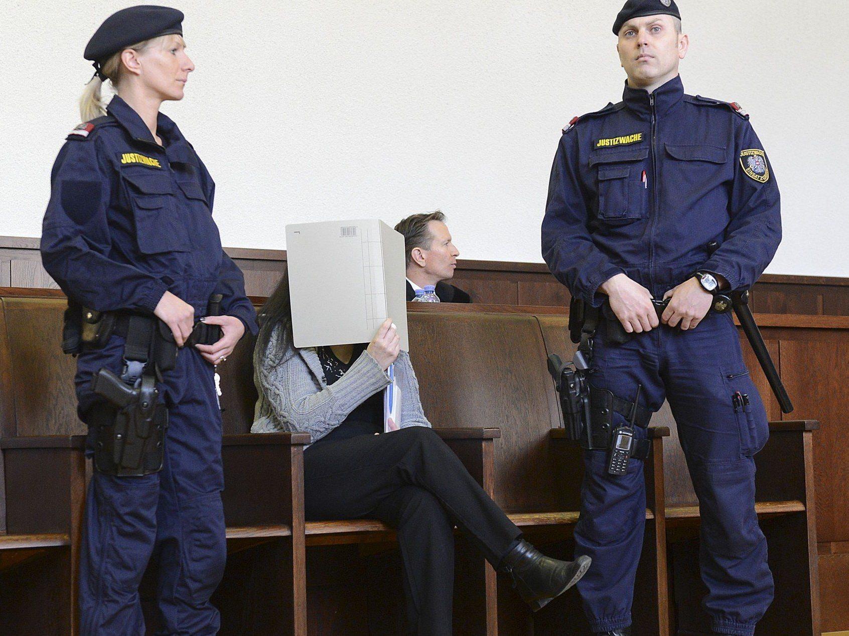 Prozess um Arsen-Morde - Staatsanwältin: Beide Opfer waren einsam