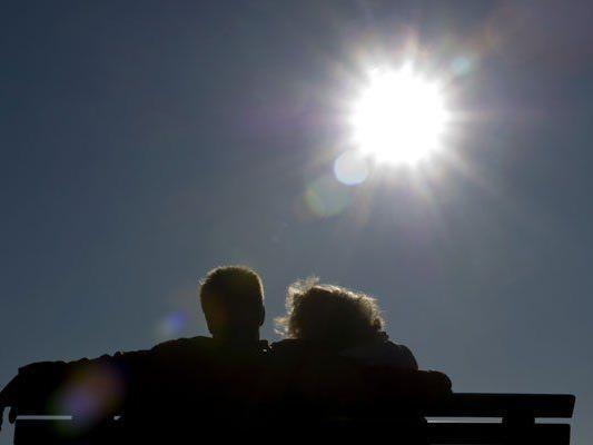 Die Wiener können es sich am Wochenende in der Sonne gemütlich machen