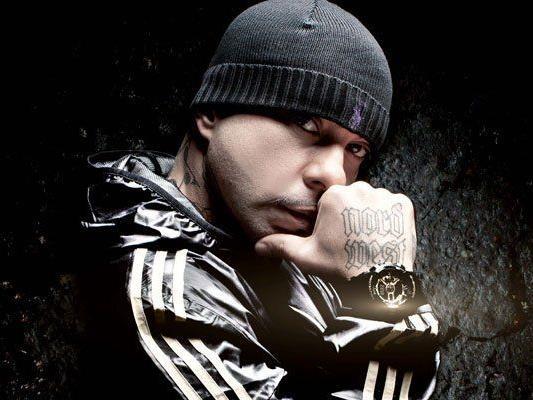 Deutschlands Star-Rapper AZAD dreht mit oscargekrönter Wega-Film in Wien