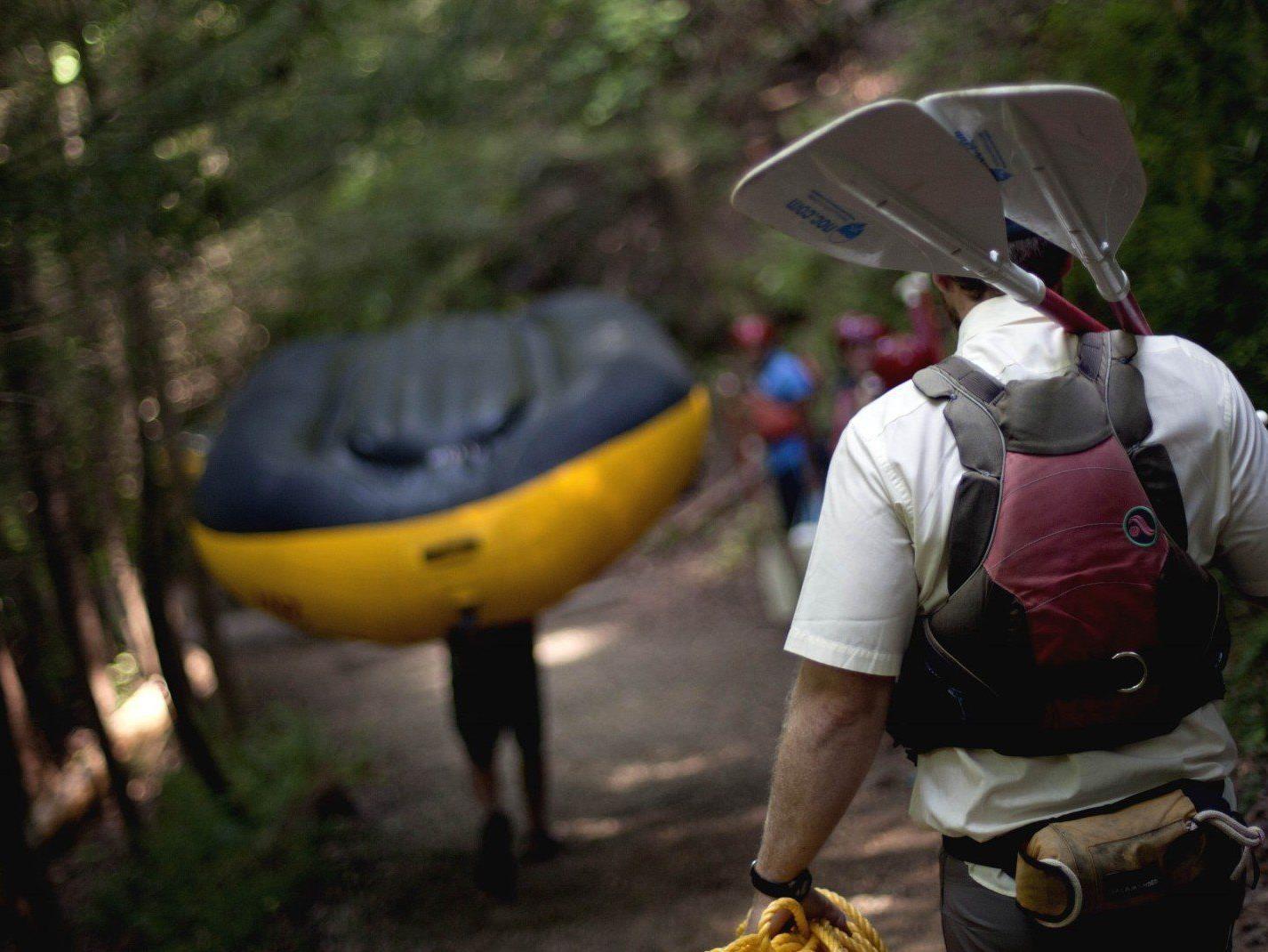 Rafting ist ein beliebter Abenteuersport.