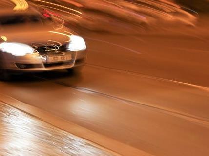 36-Jähriger raste mit 215 km/h auf A2 in Niederösterreich