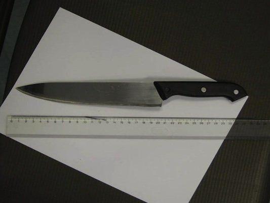 Mit diesem Küchenmesser war der Räuber in Ottakring bewaffnet