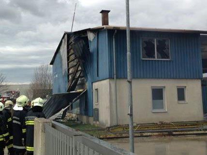 Am Freitag brannte eine Lagerhalle in Wilhemsburg.
