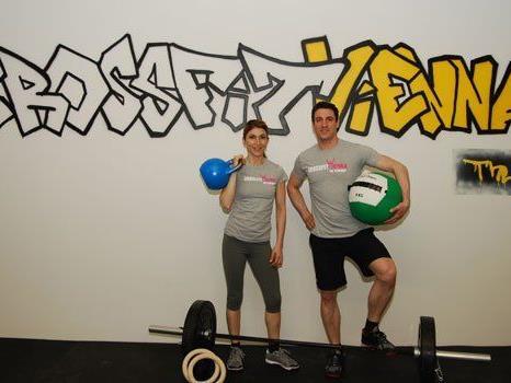 Bei CrossFit wird mit den unterschiedlichsten Geräten gearbeitet.