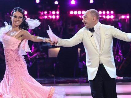 Am Freitag treten die Top 10 der Dancing Stars gegeneinander an.