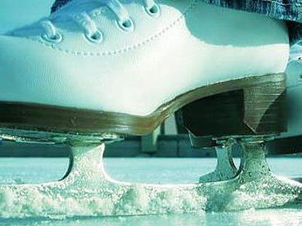 Nicht nur im Winter kann man in der Wiener Stadthalle Eislaufen.