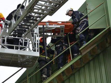 Schwerer Arbeitsunfall am Freitag in Wien-Liesing.