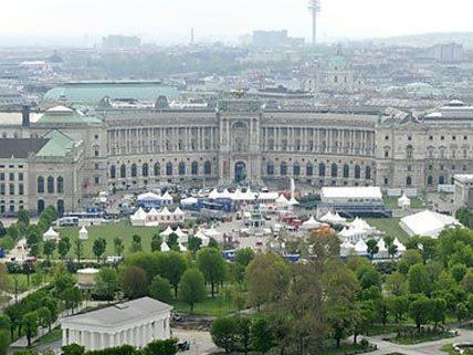 Am Heldenplatz wird am 8. Mai das erste Fest der Freude gefeiert.