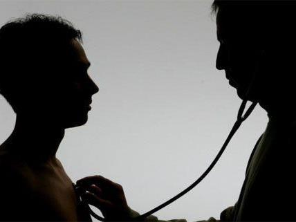 Die FPÖ übt Kritik am österreichischen Gesundheitssystem.