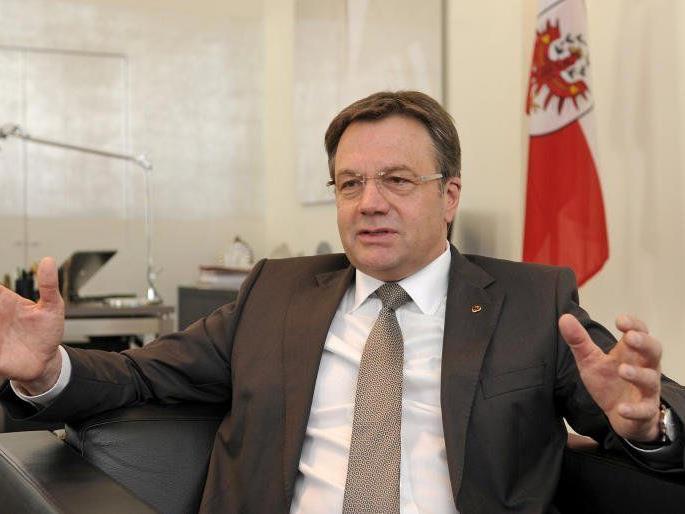 """Die Liste """"vorwärts Tirol"""" geht gegen Günther Platter in die Offensive."""