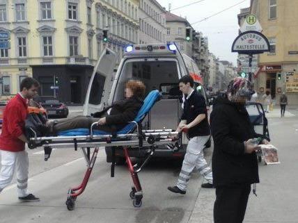 Eine 79-Jährige stürzte am Freitag in der Lugner City.