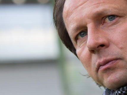Rapid Trainer Peter Schöttel findet keinen Weg aus der Krise. Die Fans planen einen Protest