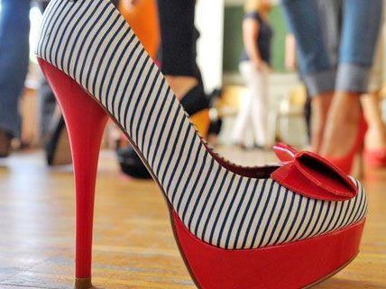 Schuhe, Kleider und Taschen können am 30. April getauscht werden.