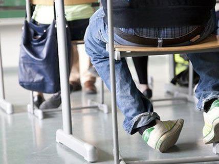 Der Stufenplan soll das Schulschwänzen erschweren.