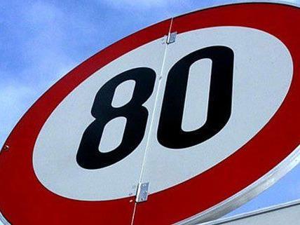 Schwechat setzt sich für Tempo 80 ein.