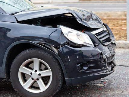 Schwerer Unfall am Montag in der Früh in Hütteldorf.