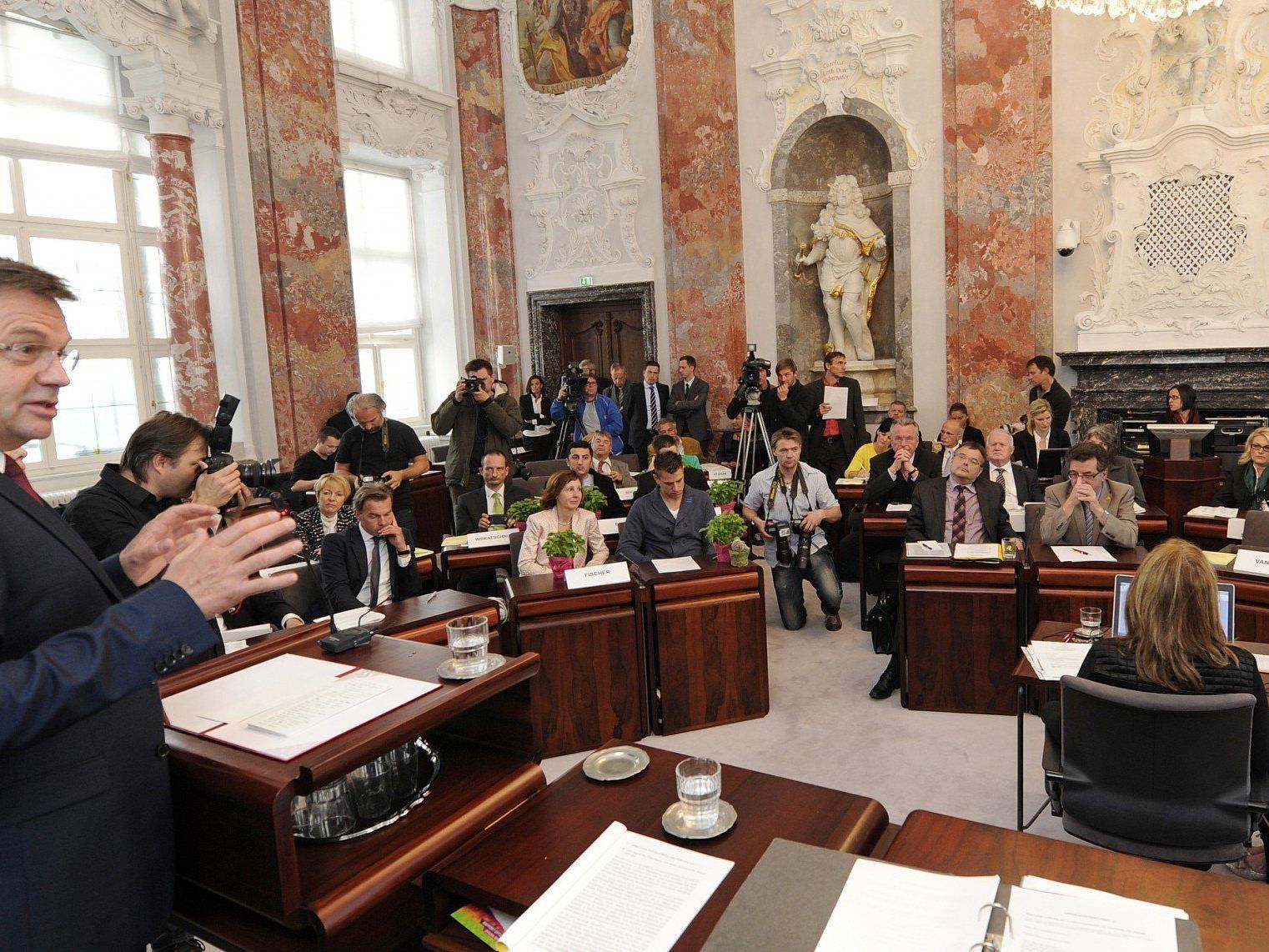 Erste schwarz-grüne Landesregierung in Tirol