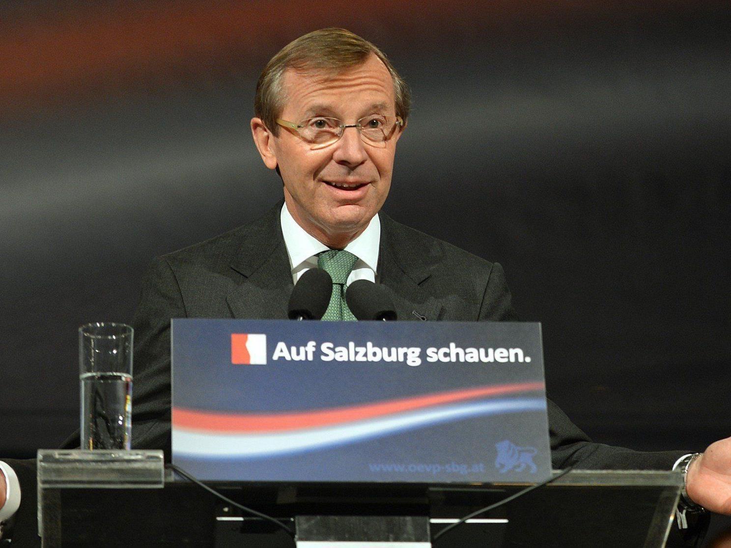 Landtagswahl in Salzburg: Wilfried Haslauer will bis Ende Mai eine Regierung gebildet haben.