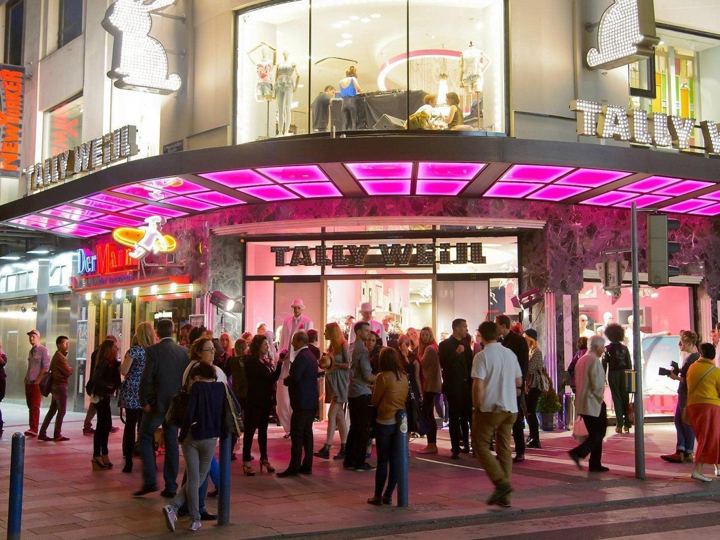 Am Mittwoch wurde der neue Tally Weijl Flagship-Store auf der Wiener Mariahilfer Straße eröffnet.