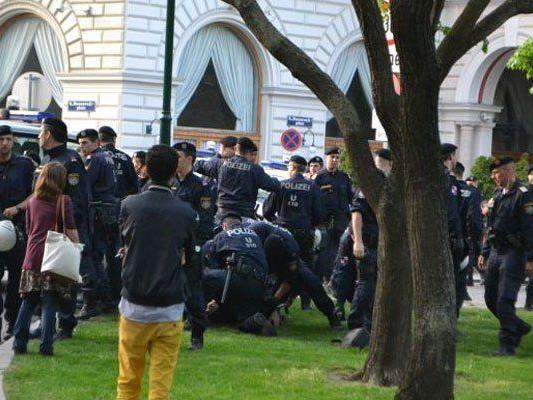 Mayday-Demo in Wien: Vier Personen vorübergehend festgenommen