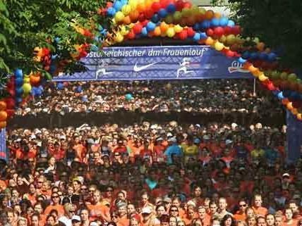 30.100 Teilnehmerinnen traten beim 26. Frauenlauf an.