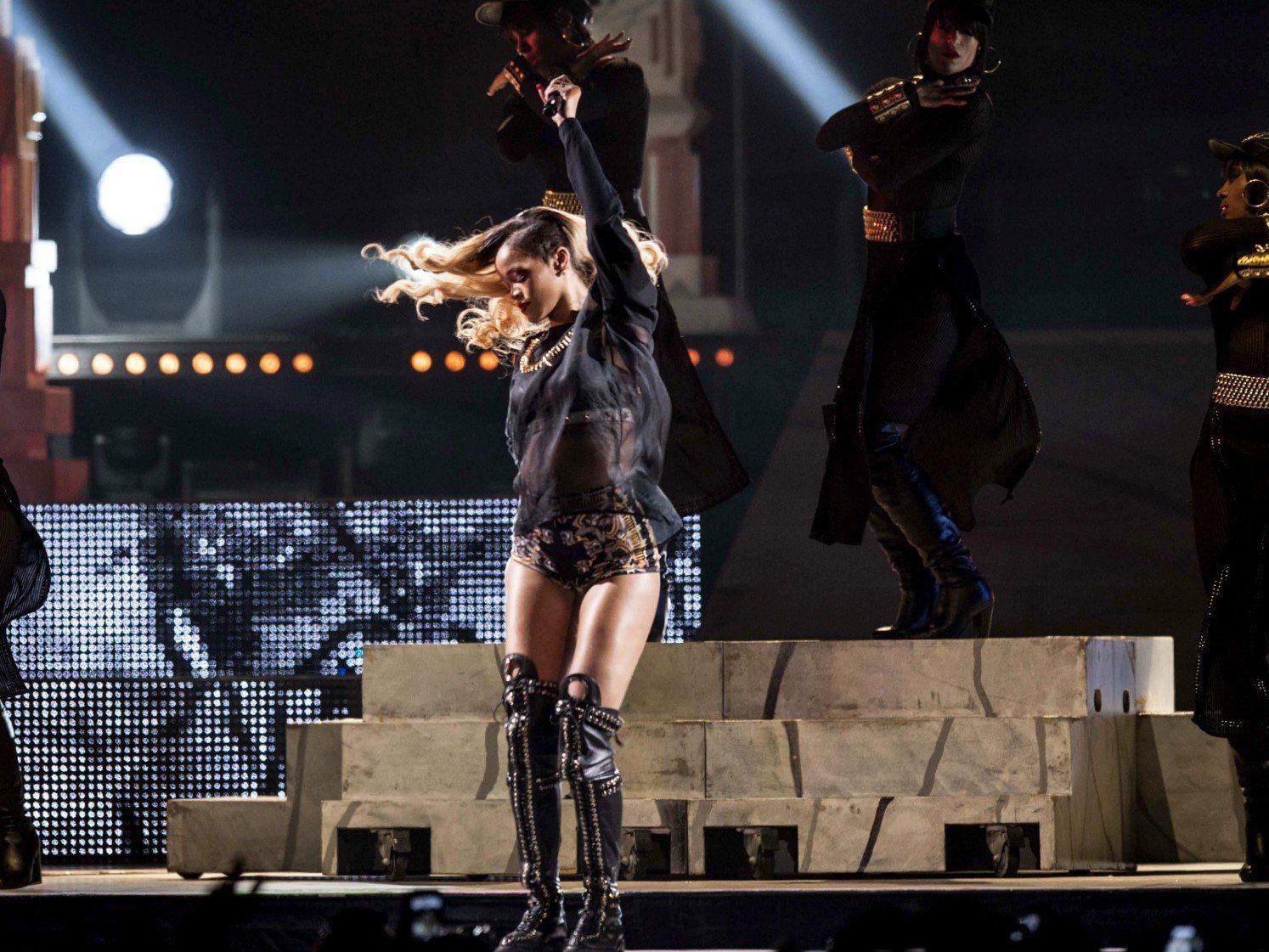 Sexy Auftitt: Rihanna startete in Spanien ihre Europa-Tournee.