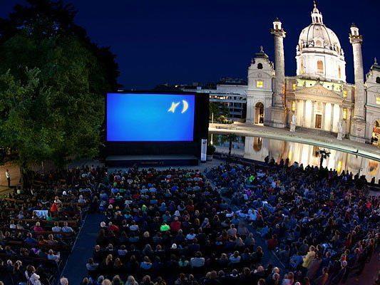 Stimmungsvolle Filmnächte warten auch heuer wieder am Karlsplatz