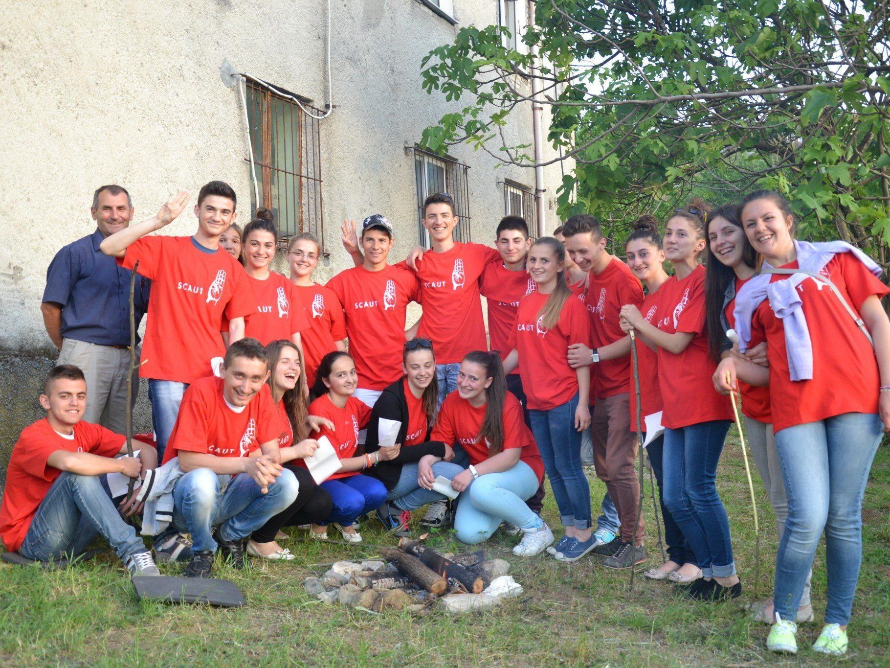 Die Pfadfinder möchten auch in Albanien die Jugend in den Mittelpunkt rücken.