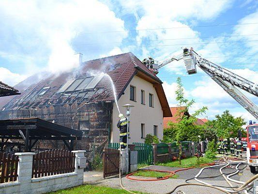Die Feuerwehr im Einsatz in Natschbach