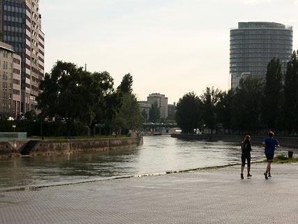 Nachtschwärmer in Wien am Heimweg überfallen
