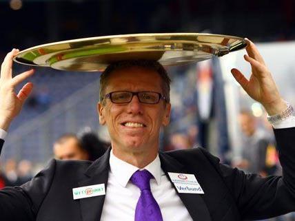 Trotz Niederlage strahlte Austrais Trainer nach dem Match.