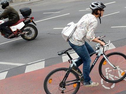 Fast zwei Drittel der Österreicher sind im Alltag mit dem Fahrrad unterwegs.