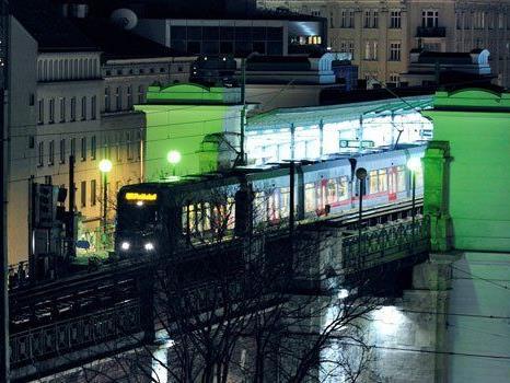 Bei der U-Bahnstation Josefstädter Straße war der Mann aufgefallen.