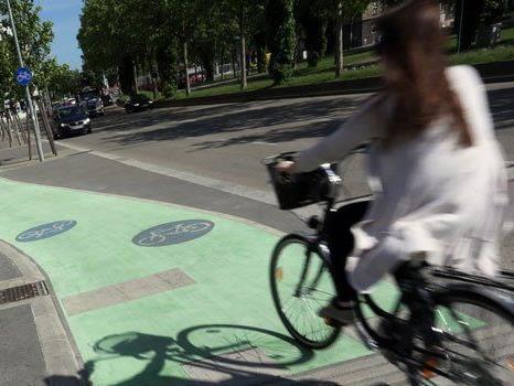 Grüne Radwege - eine Wiener Lösung, die international ihresgleichen sucht.