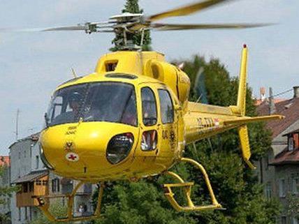 Das Kind wurde mit einem Hubschrauber ins Spital geflogen.