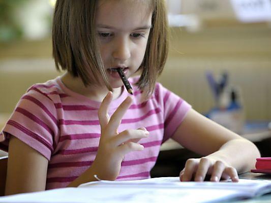 Mathematik steht heute am Test-Programm für die Volksschüler.
