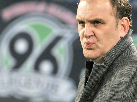 Bis April war Schmadtke Manager bei Hannover 96