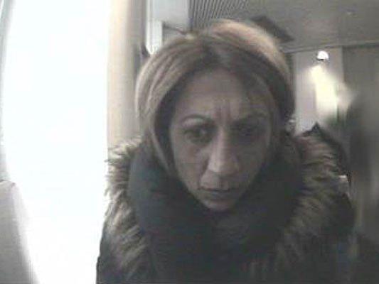 diese Frau wird nach dem Diebstahl in Josefstadt gesucht