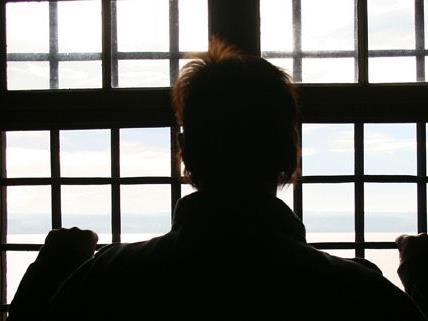 Vieldiskutiert werden derzeit Missstände im Jugendstrafvollzug