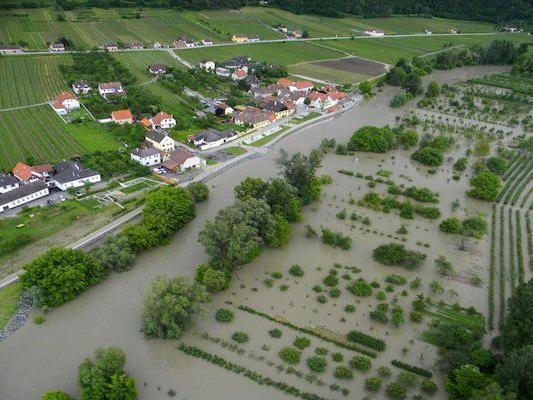 Luftaufnahme: Hochwasser-Situation in Niederösterreich